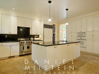 9 Twin Ponds Rd 23 kitchen
