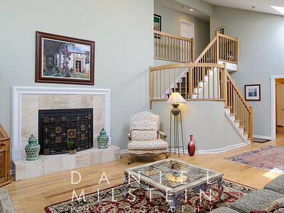 1 Autumn Ridge Rd 16 living room
