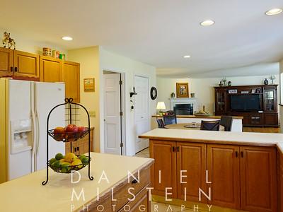 1 Autumn Ridge Rd 19 kitchen