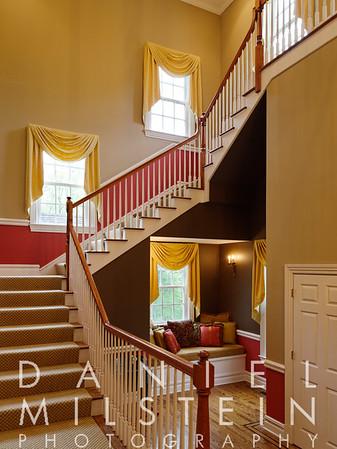 18 Kendall Rd 13 - foyer