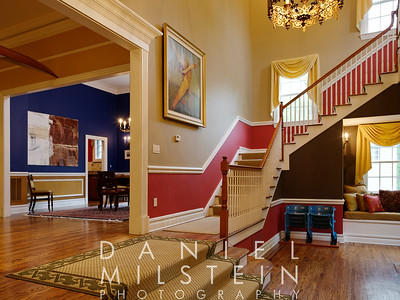 18 Kendall Rd 12 - foyer