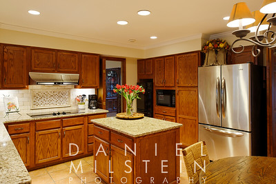18 Silvermine Dr 26 kitchen