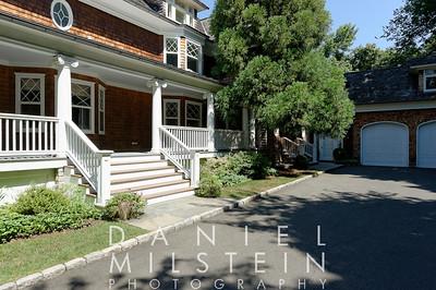 185 Riverside Ave 43