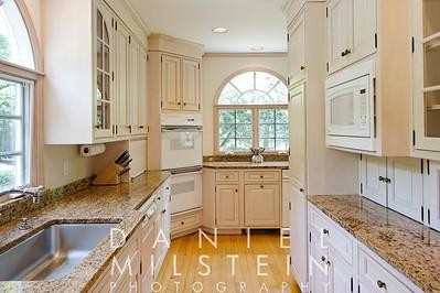 268 McLain St 20 kitchen