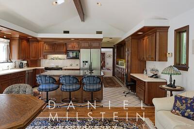 6 Spring Hill Rd 45 kitchen