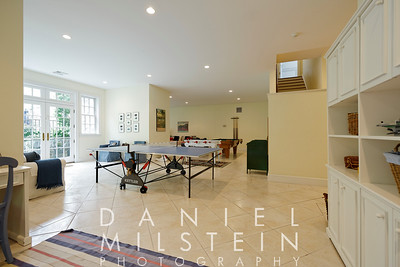 110 Valley Dr 2015 15
