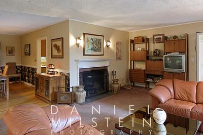 8 Spring Hill Rd 13 - living room