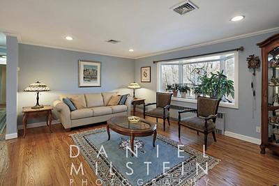 108 Millertown Rd 06 - living