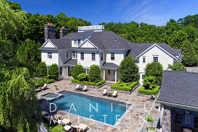 3 Carriage Hill Rd 04