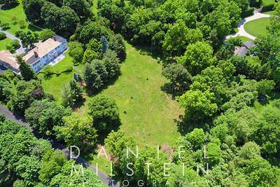 8 Stoneleigh Manor Dr aerial 03