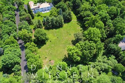 8 Stoneleigh Manor Dr aerial 06