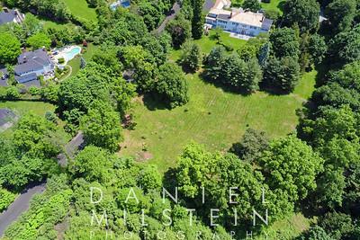 8 Stoneleigh Manor Dr aerial 09