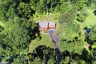 1418 Riverbank Rd aerial 01