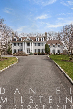 6 Carriage Hill Rd 05