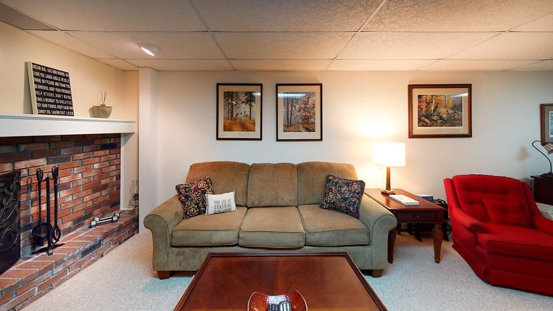 334-Howard-Street-Living-Room(2)