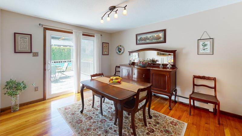 334-Howard-Street-Dining-Room