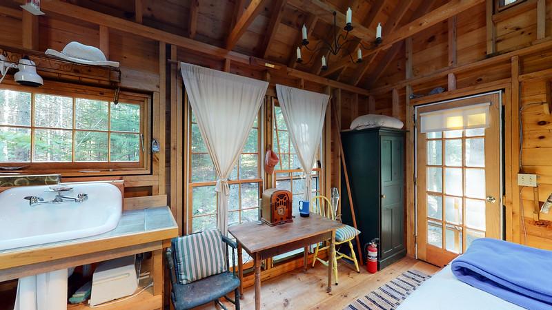 2-Schaefer-Lane-Guest-Cottage-08262020_220204