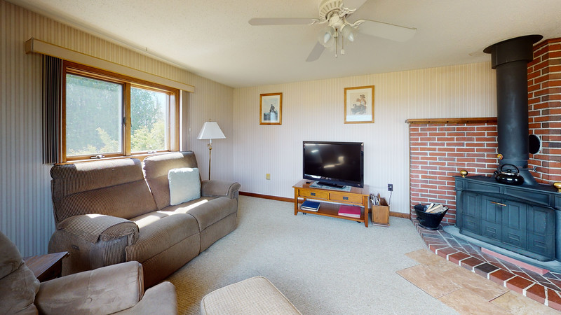 313-Waterman-Beach-Road-Living-Room(1)