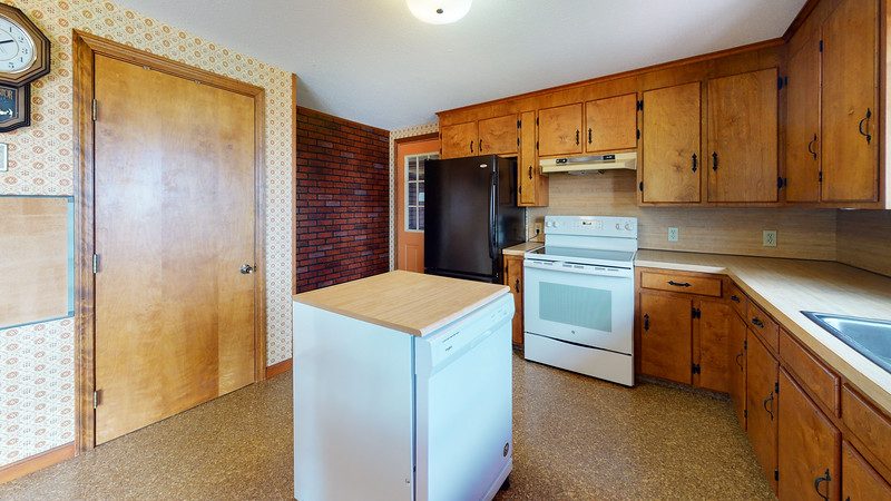 313-Waterman-Beach-Road-Kitchen(1)