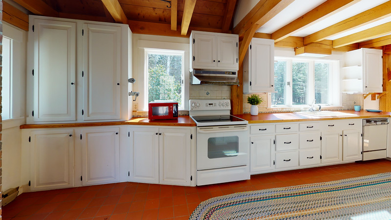 8-Ice-House-Cove-Kitchen