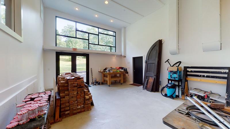 Barn-Studio-08272020_205044
