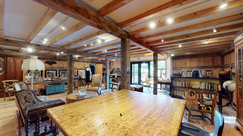 Barn-Studio-08272020_205842