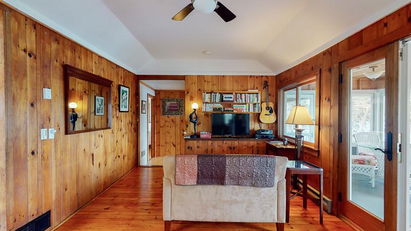 2-Bridges-Road-Guest-Cottage-04042020_205200