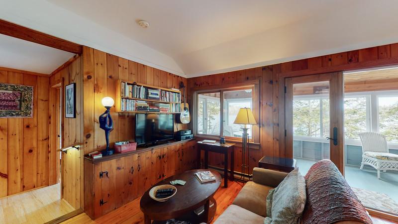 2-Bridges-Road-Guest-Cottage-04042020_205436