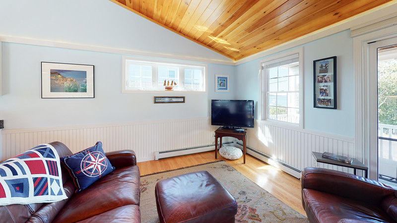 268-Island-Road-Living-Room(1)