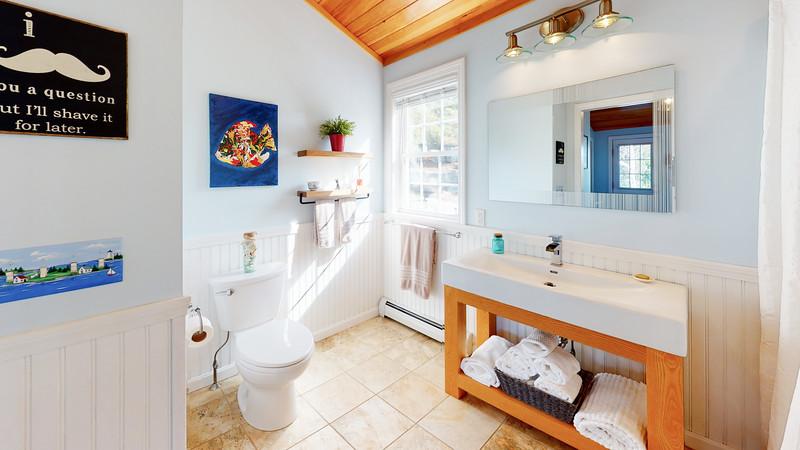268-Island-Road-Bathroom
