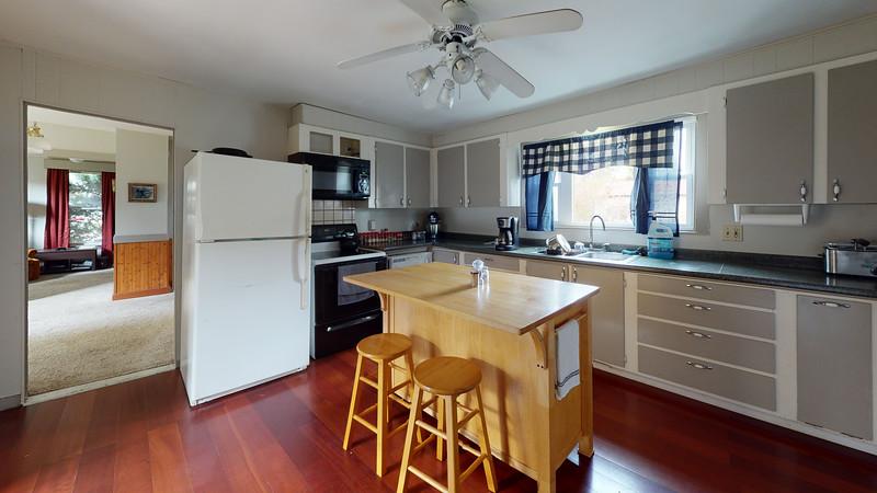 323-Broadway-Front-Apartment-Kitchen