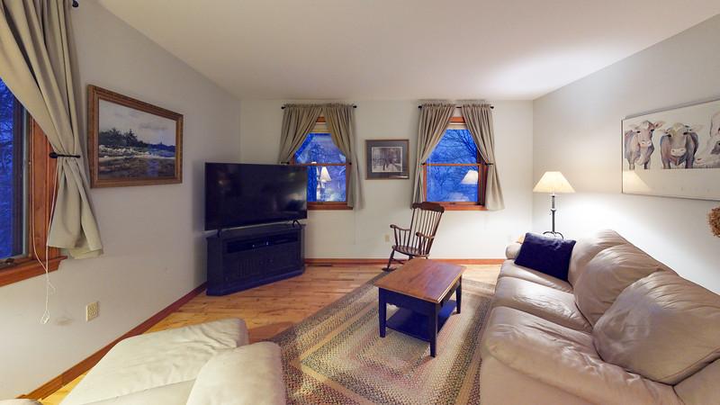 62-Sunrise-Terrace-Living-Room(2)