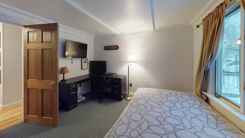 62-Sunrise-Terrace-Bedroom(4)