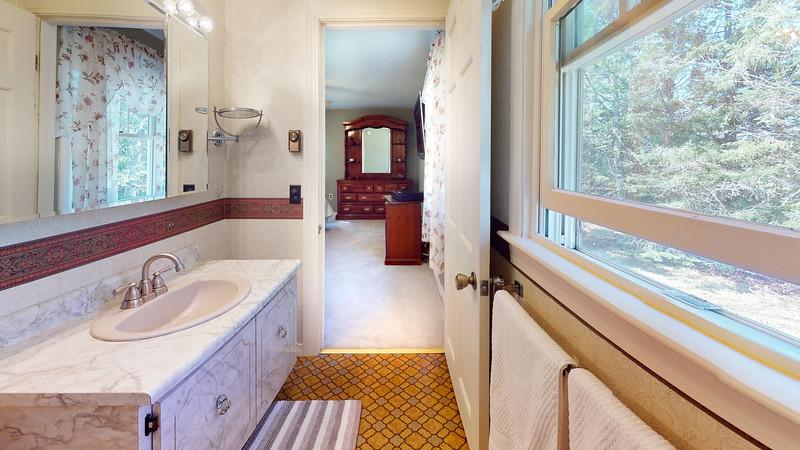 65-Sunrise-Terrace-Bathroom(2)
