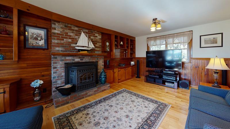 65-Sunrise-Terrace-Living-Room(2)