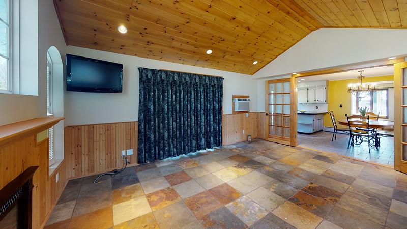 75-Sunrise-Terrace-Living-Room(2)