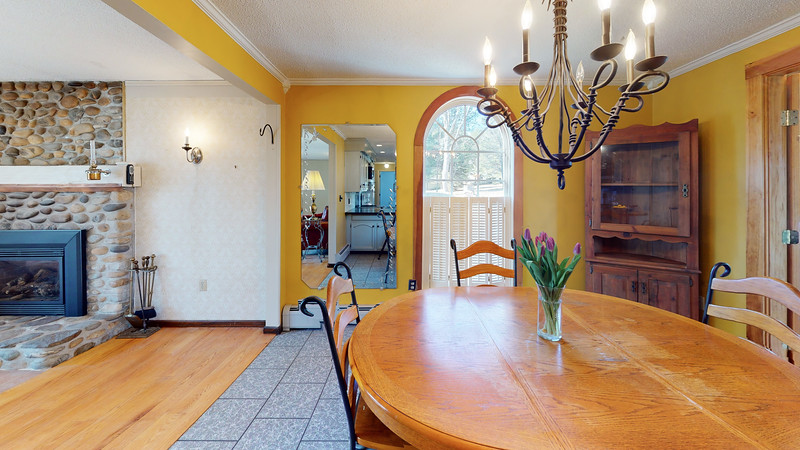 75-Sunrise-Terrace-Dining-Room