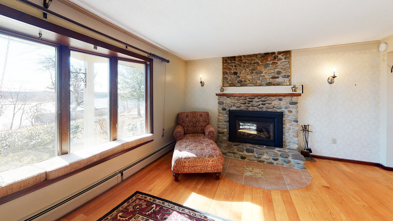 75-Sunrise-Terrace-Living-Room(1)