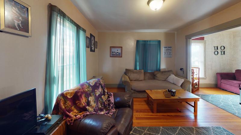 84-School-Street-2-Living-Room(1)