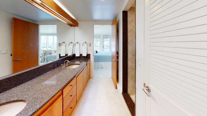 Harbor-Square-Condominiums-Unit-5-Bathroom