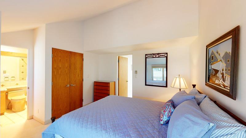 Harbor-Square-Condominiums-Unit-5-06202020_080242