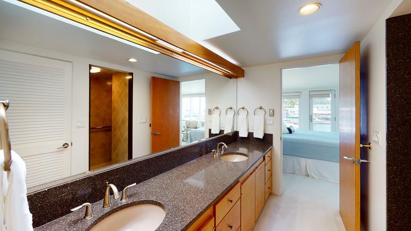 Harbor-Square-Condominiums-Unit-5-06202020_080745