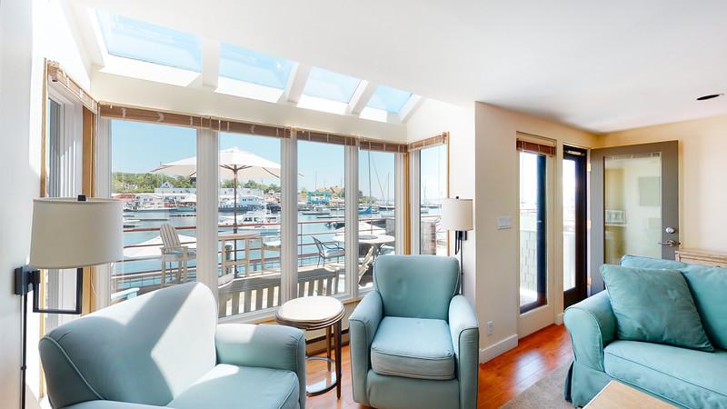 Harbor-Square-Condominiums-Unit-4-06202020_215457