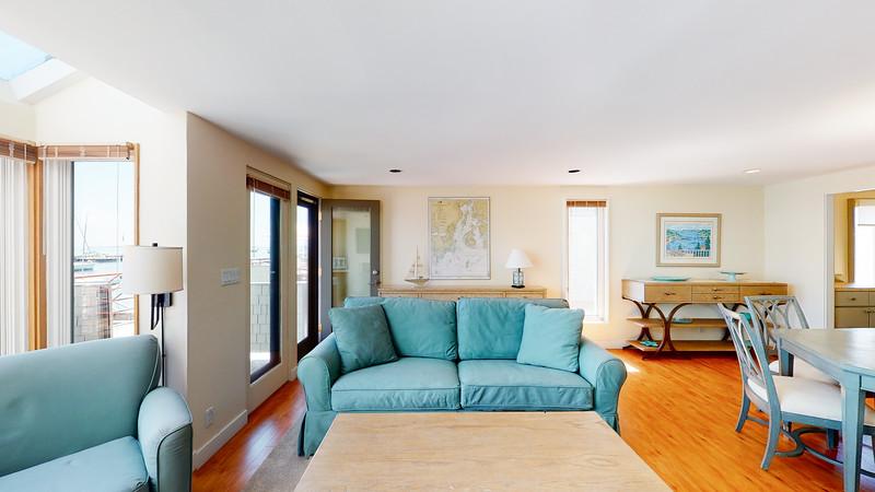 Harbor-Square-Condominiums-Unit-4-06202020_215442