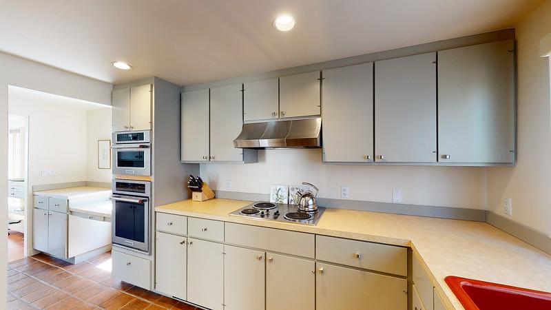 Harbor-Square-Condominiums-Unit-4-06202020_215728