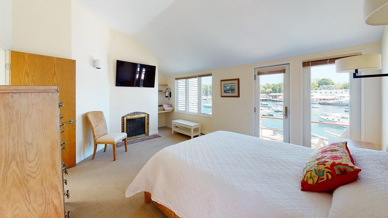 Harbor-Square-Condominiums-Unit-4-Bedroom(1)