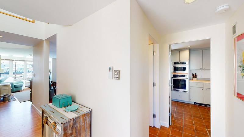 Harbor-Square-Condominiums-Unit-4-06202020_215611