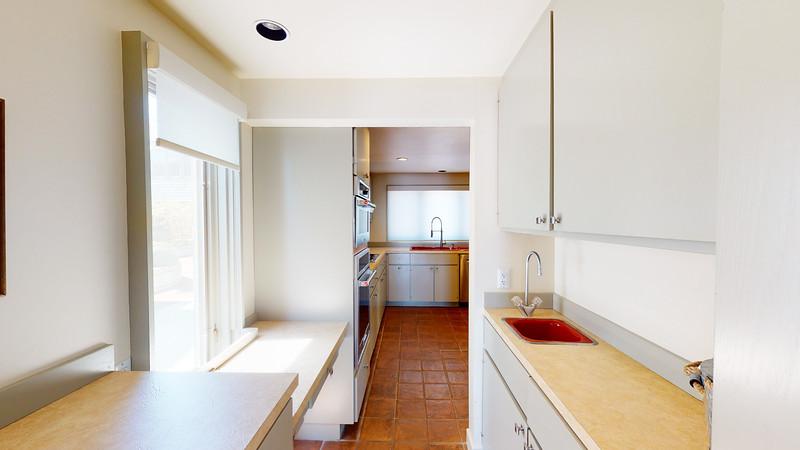 Harbor-Square-Condominiums-Unit-4-06202020_215803