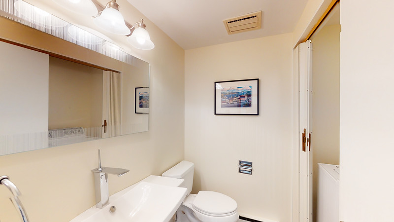 Harbor-Square-Condominiums-Unit-4-06202020_215623