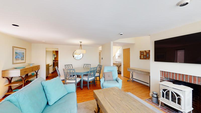 Harbor-Square-Condominiums-Unit-4-06202020_215411